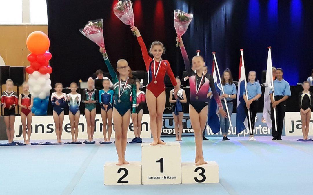 Nederlands Kampioen turnen goud voor Anastasia Kobson en zilver voor Merel Homan