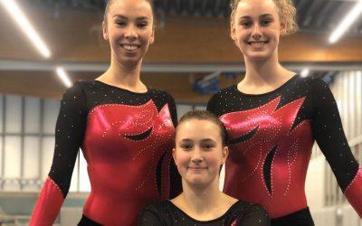 Laura, Britt en Joane op de Plaatsingswedstrijd district Zuid-Holland Senior 3e divisie
